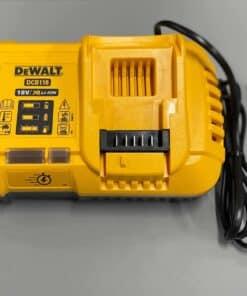 מטען סופר מהיר מבית DEWALT דגם DCB118 צהוב