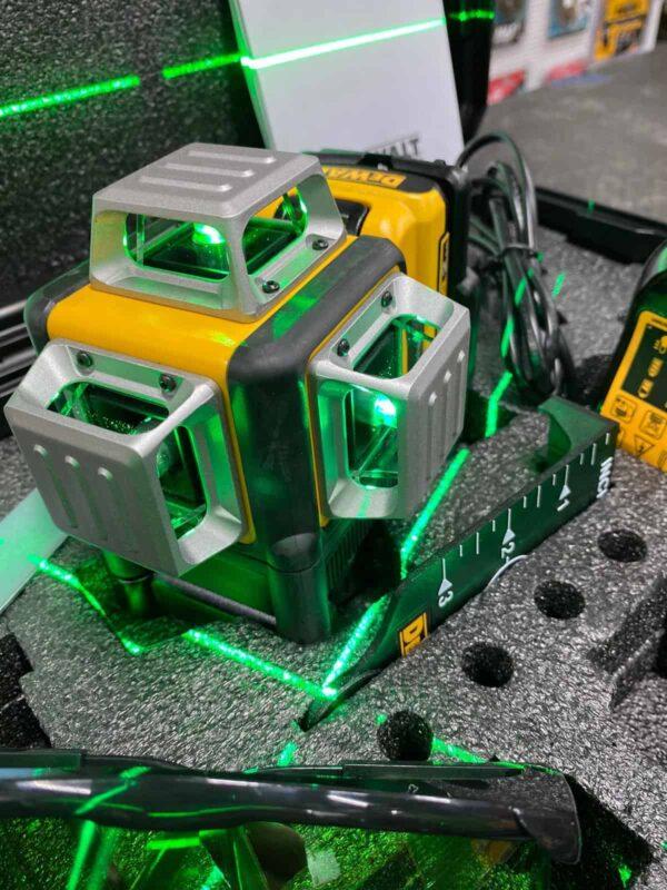 פלס לייזר ירוק 3 קרניים 360 מעלות DEWALT DCE089D1G / DW089LG