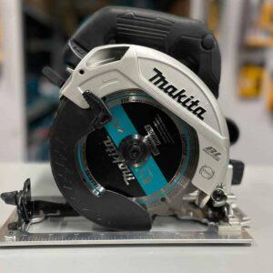 """מסור עגול נטען ½ 6 18V מקיטה Makita XSH04 BL סדרה שחורה דגם בלי פחמים מיועד לעבודה ממושכת בעל משקל קל ומהירות של 0-5000סל""""ד מחיר"""