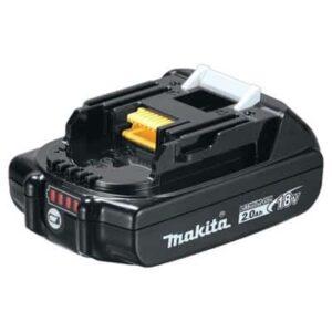 סוללה ליתיום מבית MAKITA מקיטה דגם BL1820 מתאים לכלל הכלים של 18Vקל משקל נוח מאוד לעבודה ממושכת עם הכלי כולל חיווי סוללה