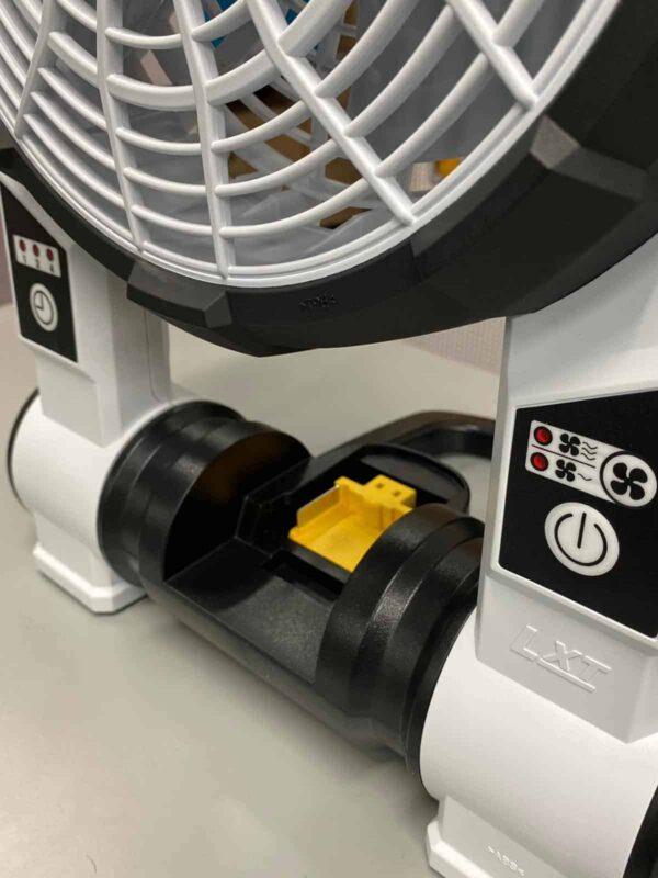 מאוורר נטען מבית מקיטה MAKITA מתקפל בעל טיימר עם שלושה מצבי רוח דגם לבן DCF201ZW ייעודי לעבודה ממושכת בקושי צורך סוללה מחיר