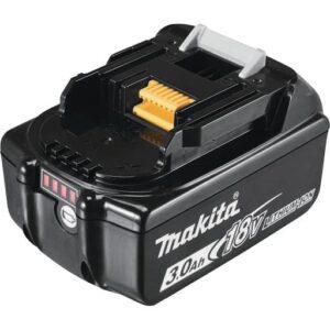 סוללה ליתיום מבית MAKITA מקיטה דגם BL1830 מתאים לכלל הכלים של 18Vקל משקל נוח מאוד לעבודה ממושכת עם הכלי כולל חיווי סוללה