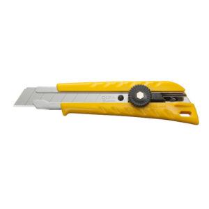 """סכין יפני מבית אולפה OLFA מיוצר ביפן דגם של 18מ""""מ מתאים לעבודה ממושכת של אנשי גבס חשמלאים ומגוון רחב של מקצועות סכין עמידה במיוחד"""